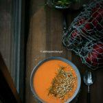 Zupa krem z pieczonej papryki.
