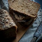 Chleb pszenno-żytni na zakwasie.